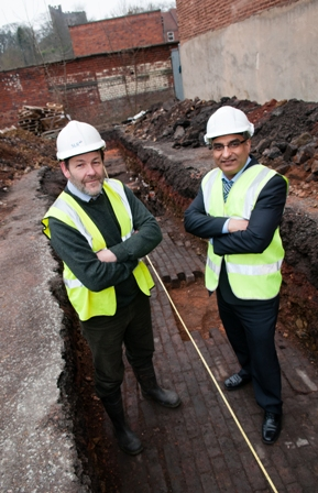 Archaeologist Dr George Nash from consultants SLR and Councillor Khurshid Ahmed, cabinet member for transportation, at the dig