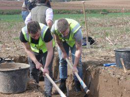 Coldstream Guards excavate