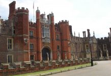 """Hampton Court Palace"" by Daniel Newman at English Wikipedia - Transferred from en.wikipedia to Commons by Oxyman using CommonsHelper.. Licensed under Public Domain via Wikimedia Commons - https://commons.wikimedia.org/wiki/File:Hampton_Court_Palace.jpg#/media/File:Hampton_Court_Palace.jpg"