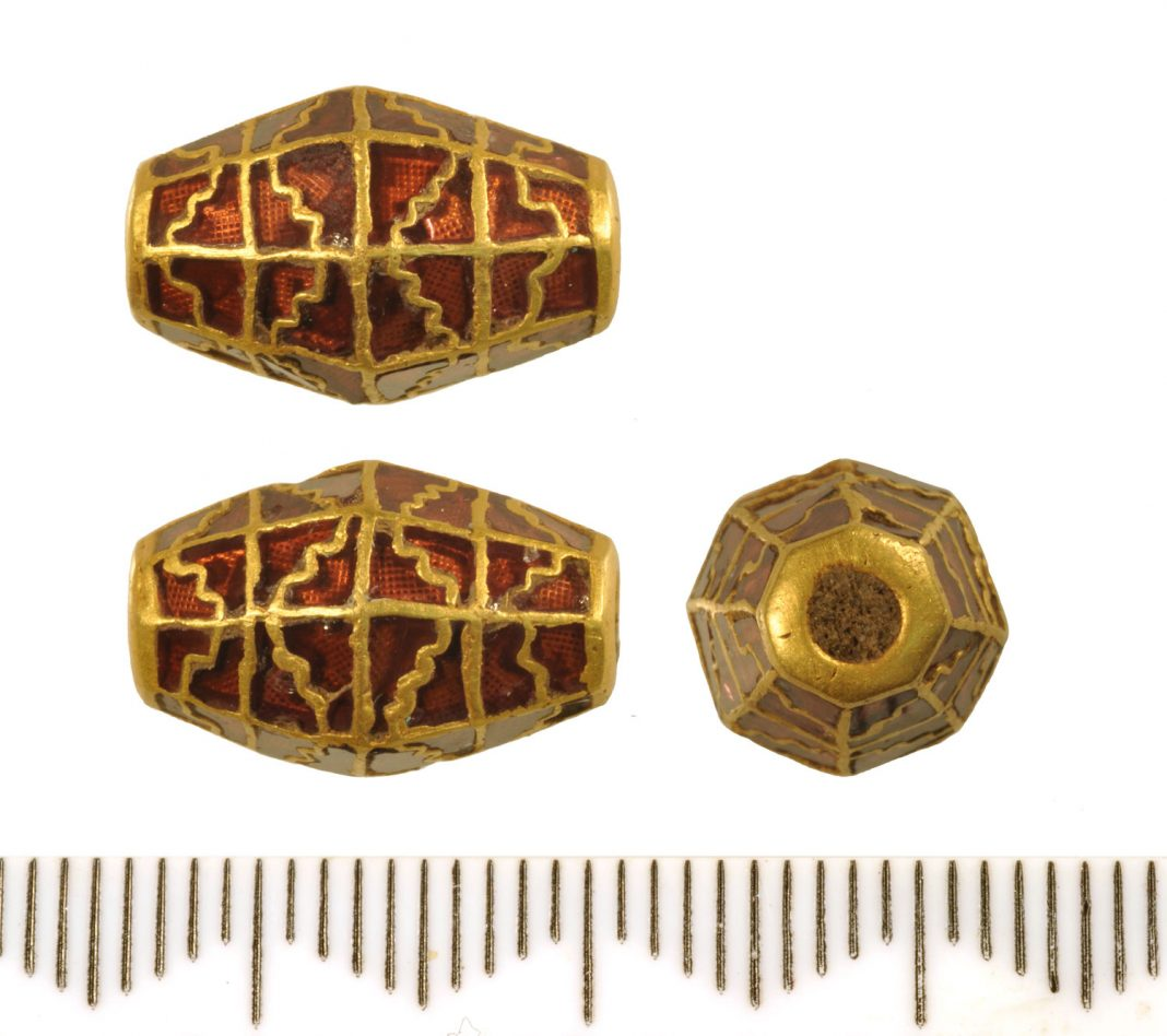 Gold and garnet bead from Rendlesham