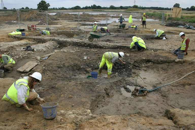 IA Issue 55. The Post-excavation Analysis and Archiving of Outputs from Complex, Multi-period Landscape Investigations: the example of Heslington East, York
